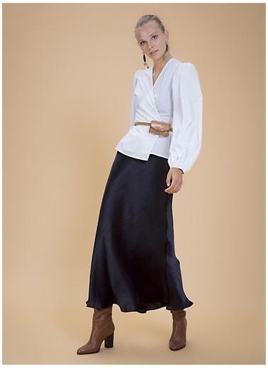 Selma Çilek X Boyner Bluz Beyaz
